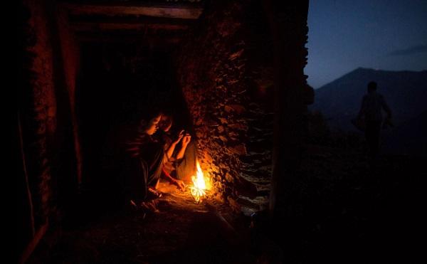 Tục lệ xua đuổi phụ nữ khi đến kỳ kinh nguyệt ở Nepal 7