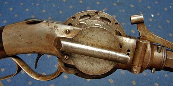 """Những phát minh vũ khí """"ăn hại"""" của thế kỷ 19 9"""