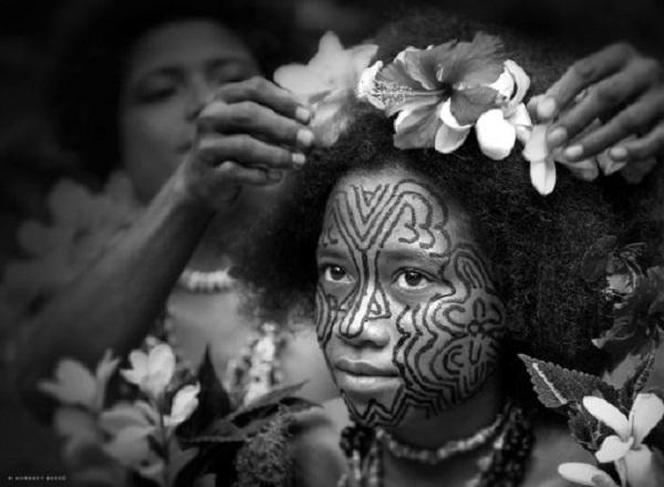Bộ tộc xăm mình, bộ tộc phụ nữ xăm mình, bộ tộc thời xưa