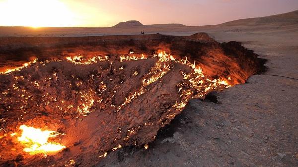 """Đi tìm những """"cổng địa ngục"""" có thật trên Trái đất 9"""