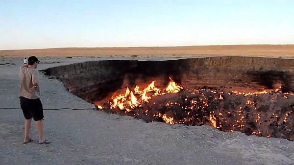 """Đi tìm những """"cổng địa ngục"""" có thật trên Trái đất 10"""
