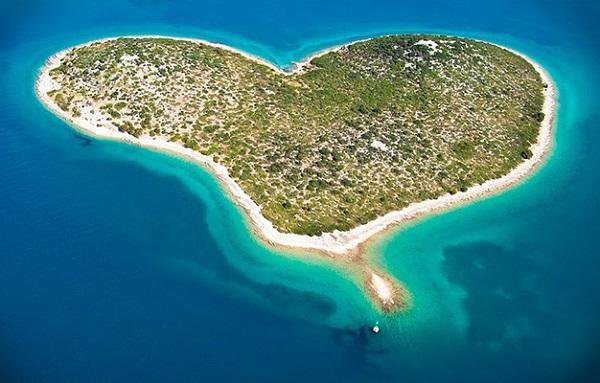 Du lịch tới những hòn đảo hình trái tim lãng mạn 13
