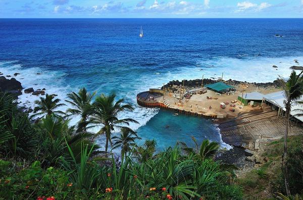 Thăm đảo thiên đường chỉ có 48 cư dân sinh sống 8
