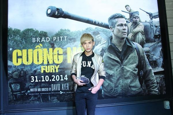 """Andrea vui vẻ khoác vai trai trẻ đi xem Brad Pitt """"Cuồng nộ"""" 10"""