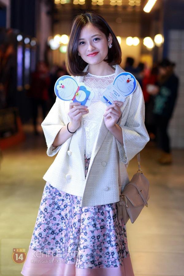 """Thùy Anh (Bộ tứ 10A8) xinh đẹp dự họp báo """"Doraemon"""" 2"""
