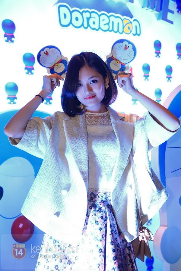"""Thùy Anh (Bộ tứ 10A8) xinh đẹp dự họp báo """"Doraemon"""" 3"""