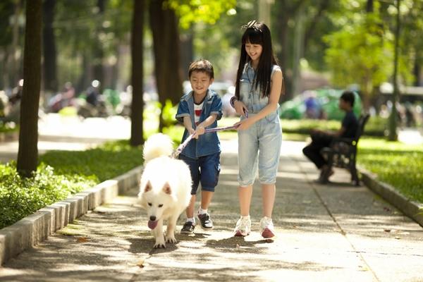 """Hai """"em bé đáng sợ nhất Việt Nam"""" cực đáng... yêu ngoài đời 7"""
