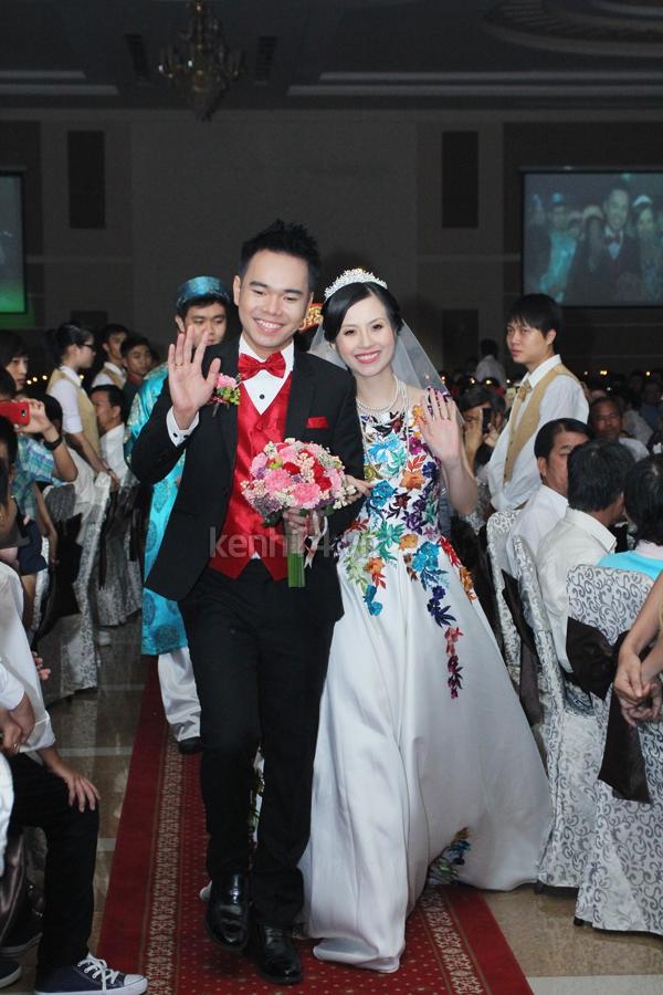 Những đám cưới hoành tráng của các hot girl Việt 114