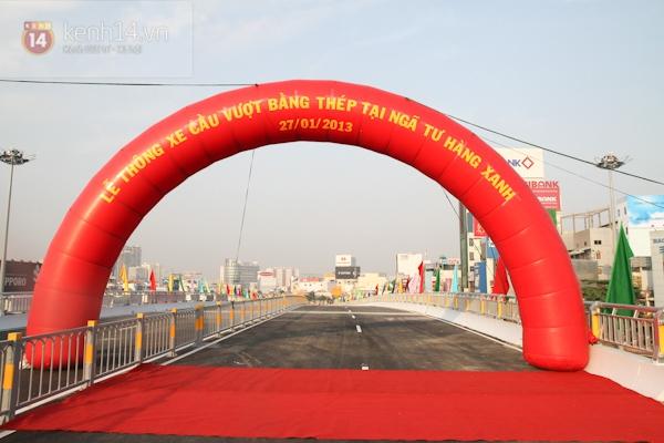 Toàn cảnh lễ thông xe cầu vượt thép đầu tiên tại TPHCM 17