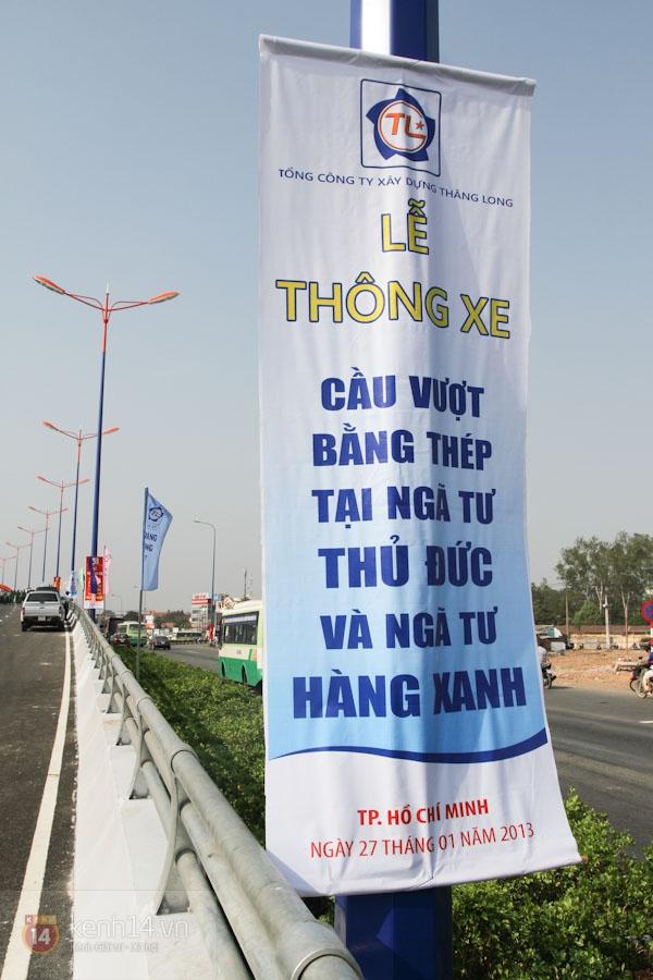 Toàn cảnh lễ thông xe cầu vượt thép đầu tiên tại TPHCM 1