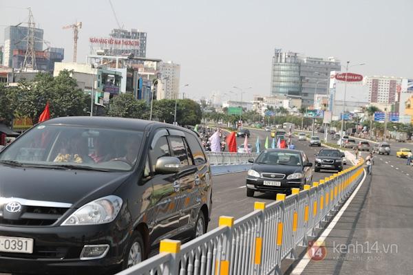 Toàn cảnh lễ thông xe cầu vượt thép đầu tiên tại TPHCM 27