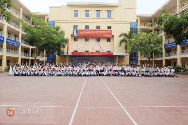 400 học sinh trường Lomonoxop cùng nhau chụp bộ ảnh cuối cùng 6