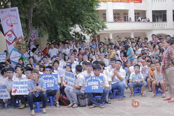 Cả trường ĐH Quốc gia Hà Nội cùng cổ vũ cho nhà leo núi Olympia 9