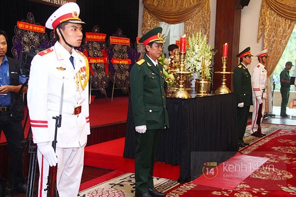 TP.HCM: Không khí trang nghiêm và đầy cảm động trong lễ viếng Đại tướng 66