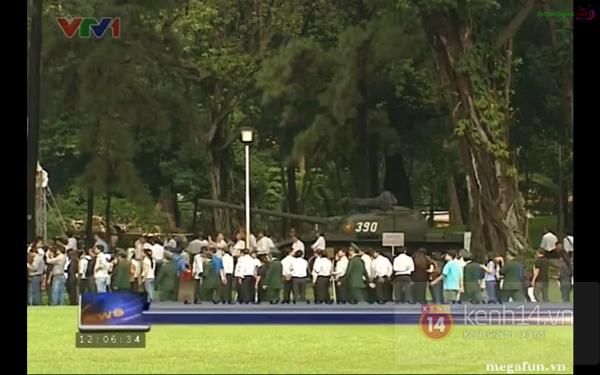 Hết giờ Lễ viếng Quốc tang, nhiều người dân vẫn xếp hàng vào viếng Đại tướng 151