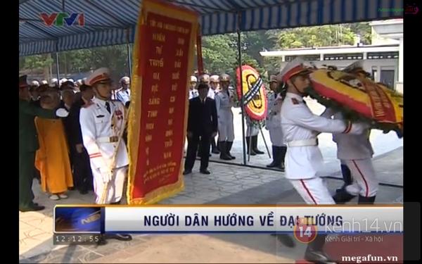 Hết giờ Lễ viếng Quốc tang, nhiều người dân vẫn xếp hàng vào viếng Đại tướng 62