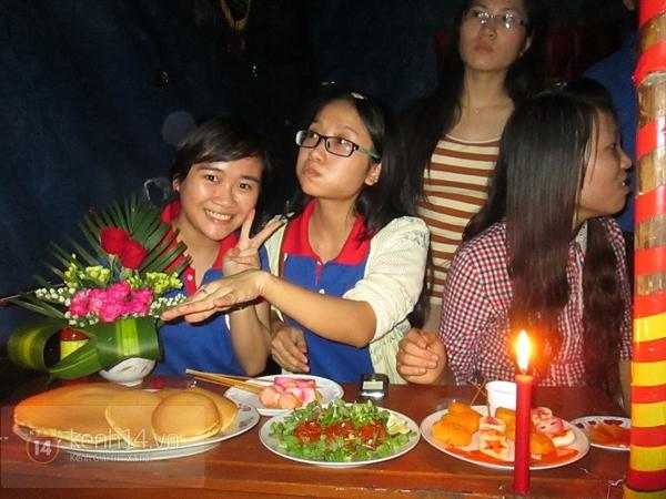 Buổi giao lưu văn hóa giữa trời mưa bão của sinh viên Đà Nẵng 9