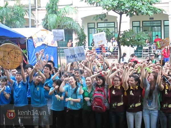 Buổi giao lưu văn hóa giữa trời mưa bão của sinh viên Đà Nẵng 3