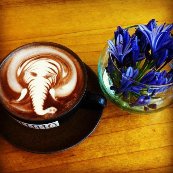 Cực thú vị công việc tạo hình nghệ thuật trên tách cà phê 15