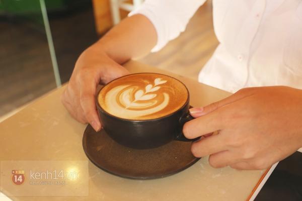 Cực thú vị công việc tạo hình nghệ thuật trên tách cà phê 8