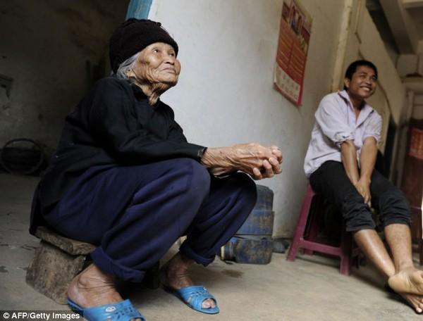Ngôi làng có tới hơn 200 cụ trên trăm tuổi 3