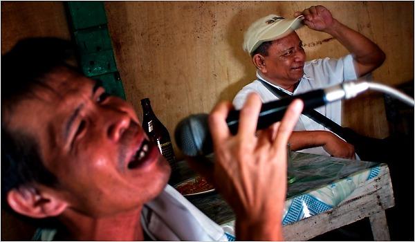 Những lời nguyền đáng sợ trong làng âm nhạc thế giới (P.2) 3
