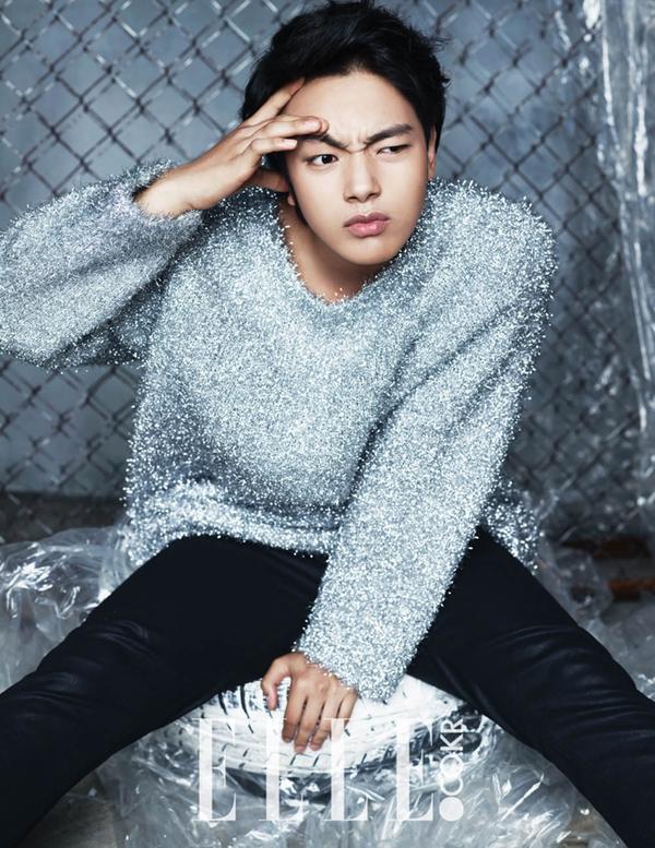 Lee Seung Gi lại dẫn đầu đoàn mỹ nam trên tạp chí tháng 1 11