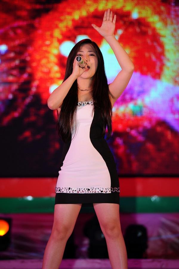 Hương Tràm tái xuất cùng dàn thí sinh The Voice 1