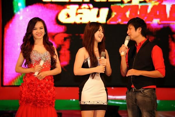 Hương Tràm tái xuất cùng dàn thí sinh The Voice 3