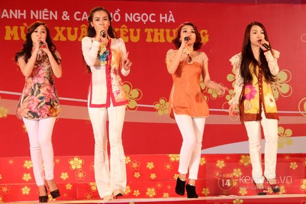 Hà Hồ... ngồi lên đùi Nguyễn Hồng Thuận  16