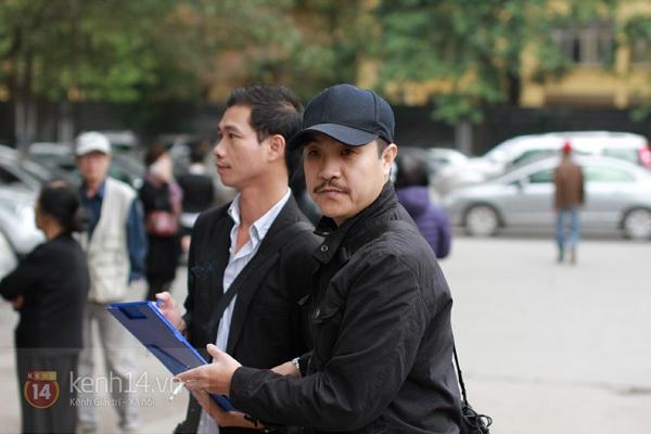 """Nhiều nghệ sĩ nổi tiếng đến tiễn đưa """"Bác trưởng thôn"""" Văn Hiệp 69"""