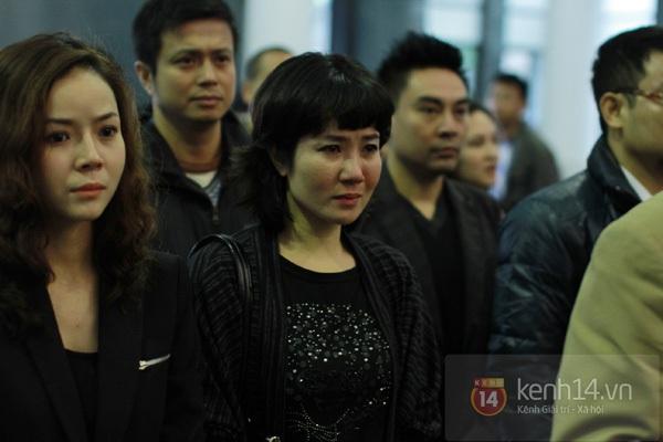 """Nhiều nghệ sĩ nổi tiếng đến tiễn đưa """"Bác trưởng thôn"""" Văn Hiệp 38"""