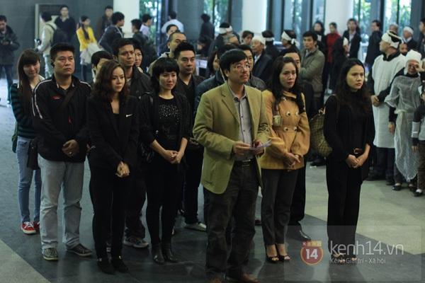 """Nhiều nghệ sĩ nổi tiếng đến tiễn đưa """"Bác trưởng thôn"""" Văn Hiệp 40"""