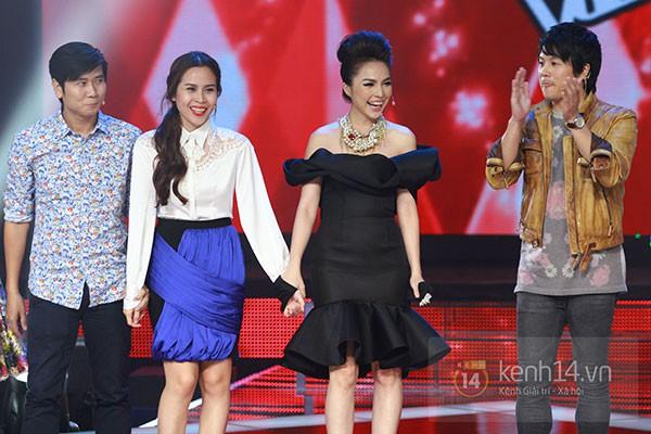"""Liveshow 2: Hồ Hoài Anh và Trấn Thành """"đấu"""" vọng cổ vì Phương Mỹ Chi 3"""