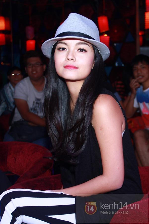 Sao Việt ủng hộ Mai Phương Thúy làm show từ thiện Trung thu 3