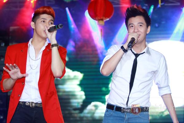 Sao Việt ủng hộ Mai Phương Thúy làm show từ thiện Trung thu 14