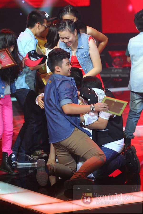 """Nguyễn Quang Anh trở thành Quán quân đầu tiên của """"The Voice Kids Việt"""" 2"""