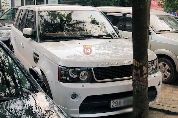 Cận cảnh loạt xe sang chen chúc đến dự lễ cưới của Ngọc Thạch 12