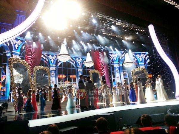 Độc quyền: Hình ảnh hiếm hoi buổi tổng duyệt Chung kết Miss Universe 2013 8