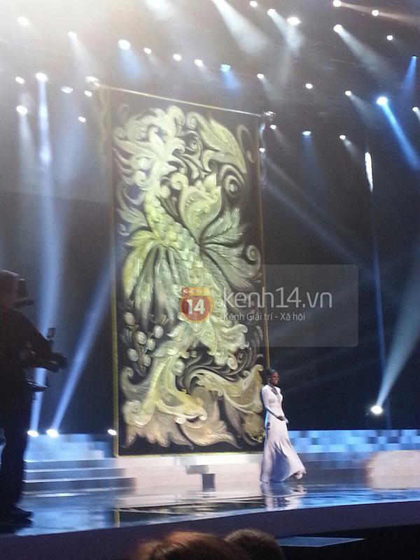 Độc quyền: Hình ảnh hiếm hoi buổi tổng duyệt Chung kết Miss Universe 2013 12