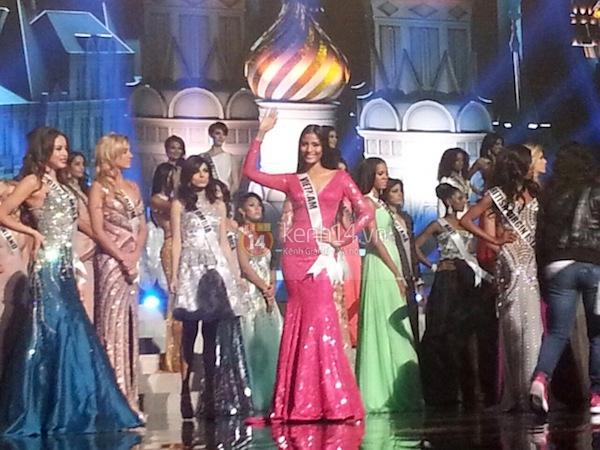 Độc quyền: Hình ảnh hiếm hoi buổi tổng duyệt Chung kết Miss Universe 2013 15
