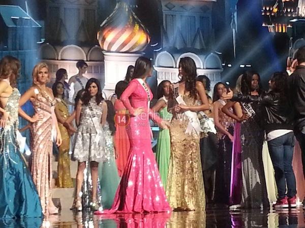Độc quyền: Hình ảnh hiếm hoi buổi tổng duyệt Chung kết Miss Universe 2013 16