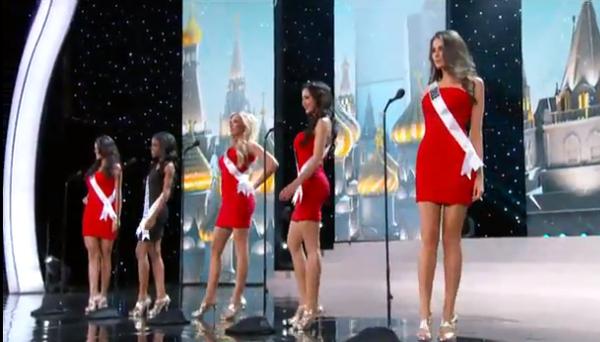Trương Thị May tự tin tỏa sáng vòng Bán kết Miss Universe 2013 31
