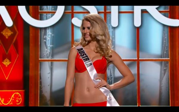 Trương Thị May tự tin tỏa sáng vòng Bán kết Miss Universe 2013 21