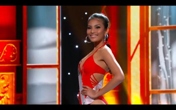Trương Thị May tự tin tỏa sáng vòng Bán kết Miss Universe 2013 5