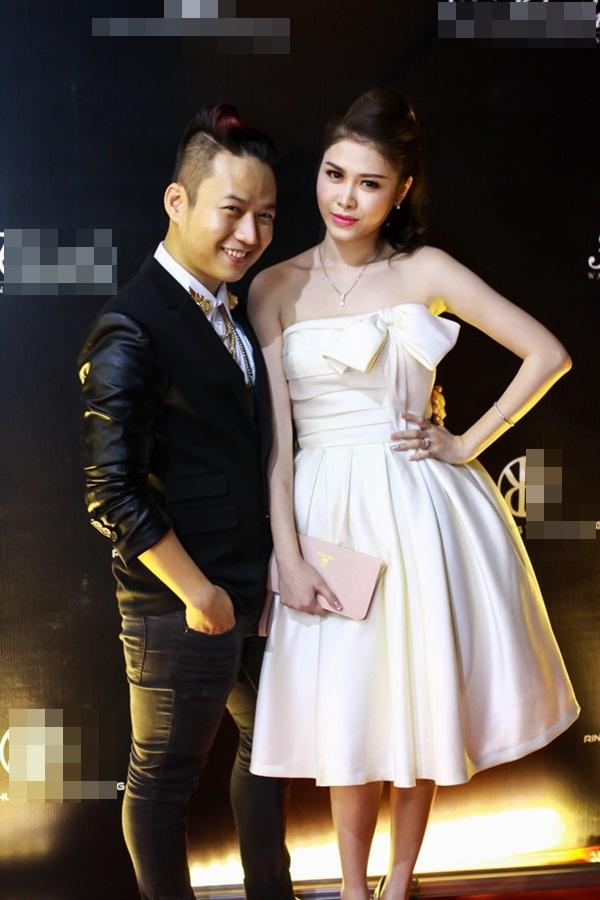 Vợ Đăng Khôi xuất hiện như ngôi sao sau đám cưới 6