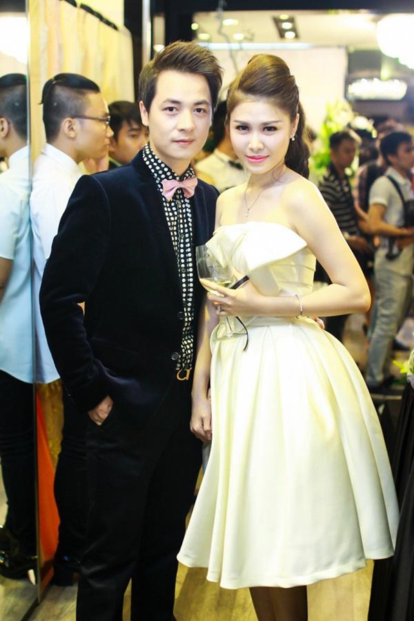 Vợ Đăng Khôi xuất hiện như ngôi sao sau đám cưới 5