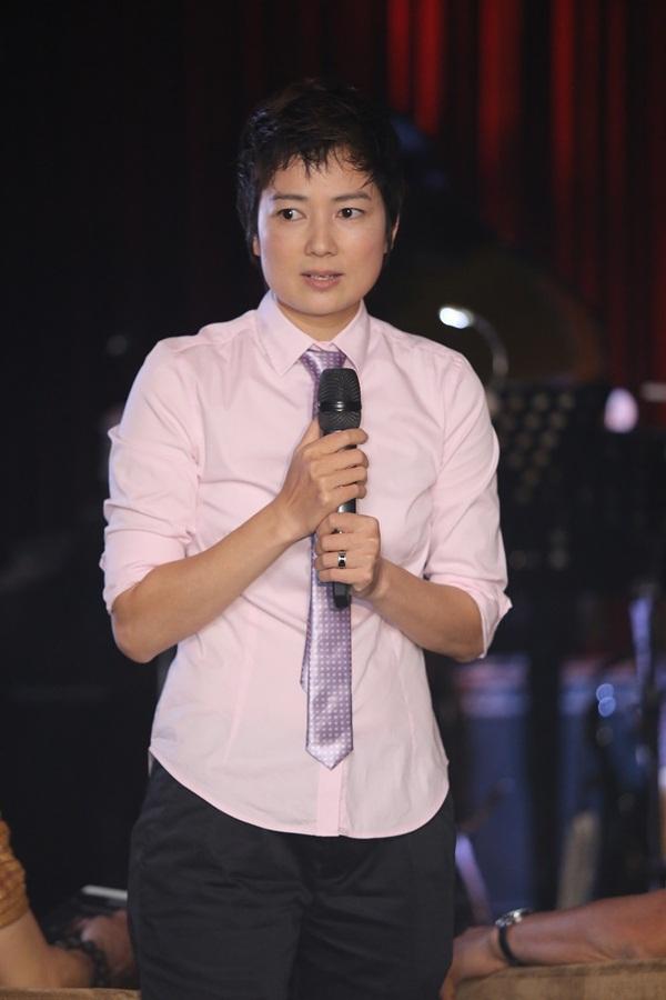 """Phương Thanh tóc ngắn """"quậy"""" hết mình bên """"trai trẻ"""" 10"""