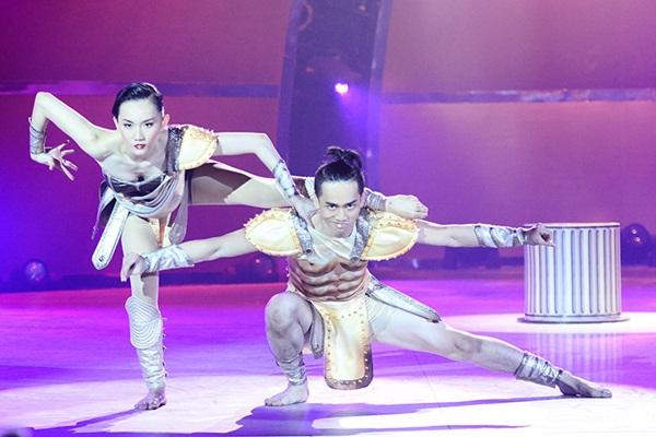 """Thí sinh """"So You Think You Can Dance"""" đổ máu trên sân khấu Chung kết 23"""