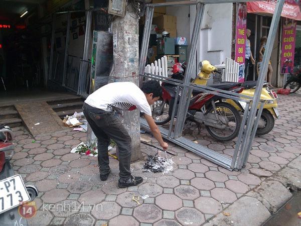 """Phố Hà Nội nghi ngút khói vì đốt vàng mã trong ngày """"Xá tội vong nhân"""" 7"""